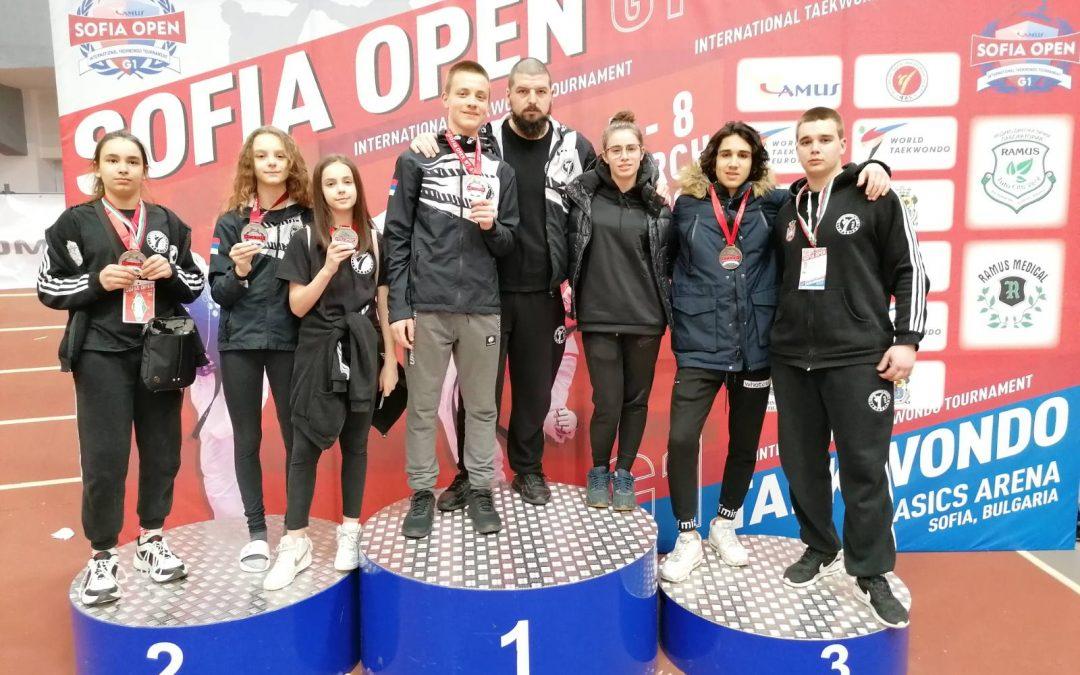 Pet medalja prvog dana Sofia Open-a